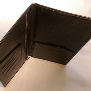 Бумажник из кожи