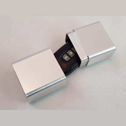 металлический пенал для автобрелков