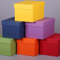 Цветные коробки